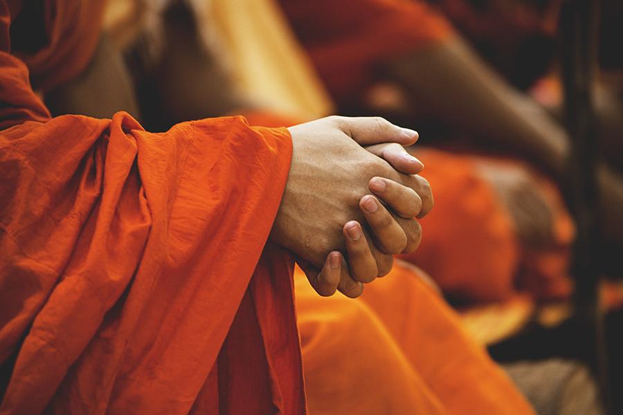 monge a rezar