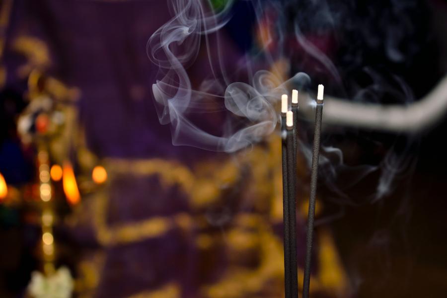 incenso a queimar